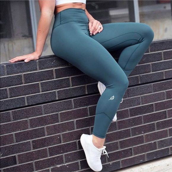 P Tula Pants Jumpsuits Ptula Alainah Leggings Poshmark Poshmark is one of the biggest online marketplaces with fashion and accessories. poshmark